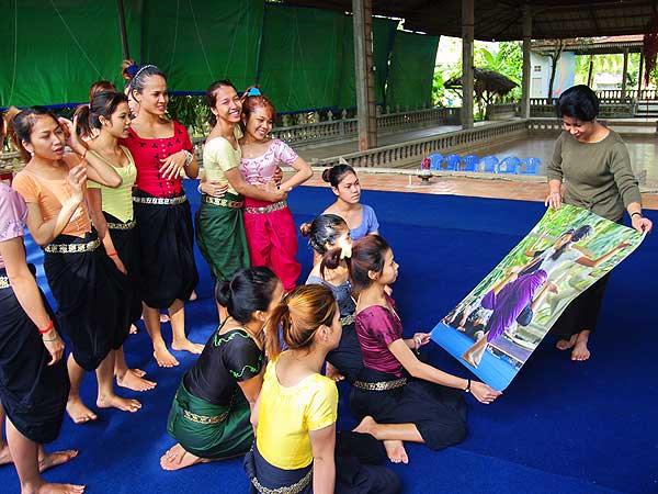 Traditional Cambodian Dance Again Flourishing in Asian Kingdom
