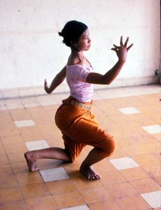 Minnesota Native Documents Cambodian Dance in Earth in Flower