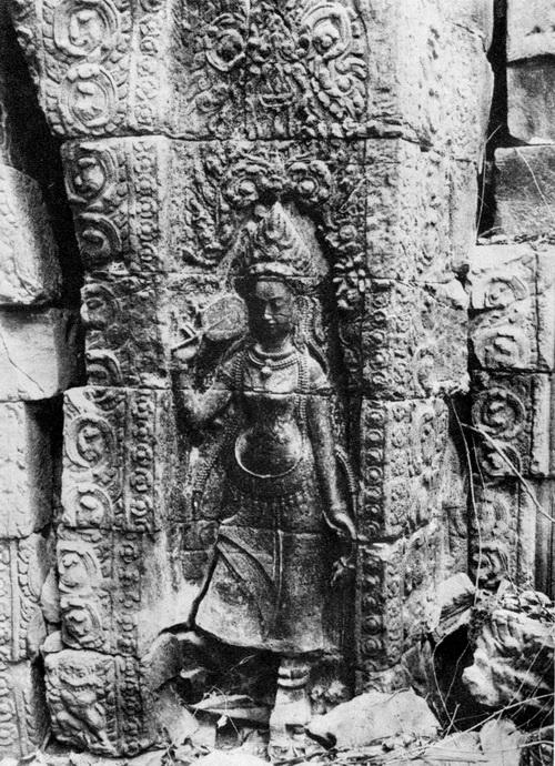Banteay Chhmar devata