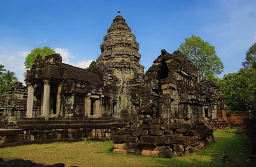 Angkor Wat Devata at Wat Athvea