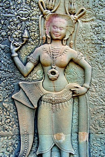 Ancient Asian religions portrayed women as goddesses. How to the women of India's Chaunsat Yogini Temple and the Women of Angkor Wat compare?