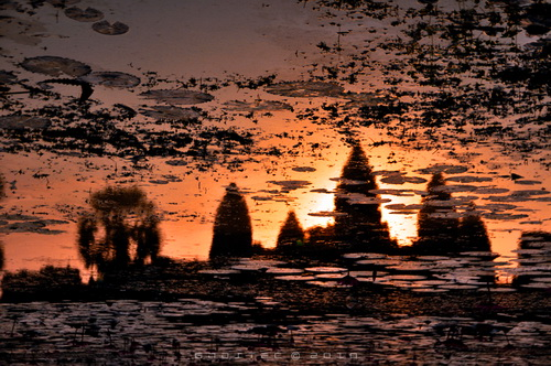 Angkor Wat at Dawn. Light of an Ancient Empire © Copyright Gary Ng.