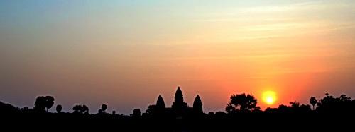 Angkor Wat sunrise. © Copyright Gary Ng.