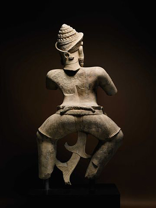 Sotheby's twin Khmer warrior from Koh Ker. Note the unbroken base of the fabric tail.