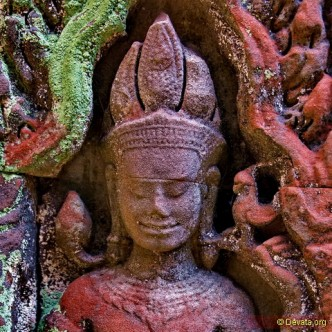 Preah Khan Khmer temple - Devata goddesses of the shadows.