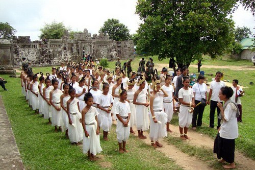 At Preah Vihear temple, the NKFC Sacred Dancers of Angkor troupe perform a blessing ritual calling for peace. August 2011.